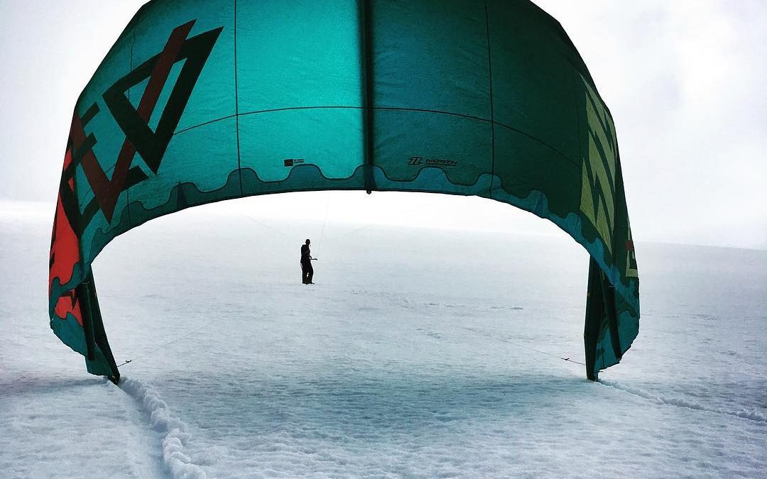This is what #snowkiting with no #wind looks like. Testing out the North Evo at #folgefonna #sommerski today.